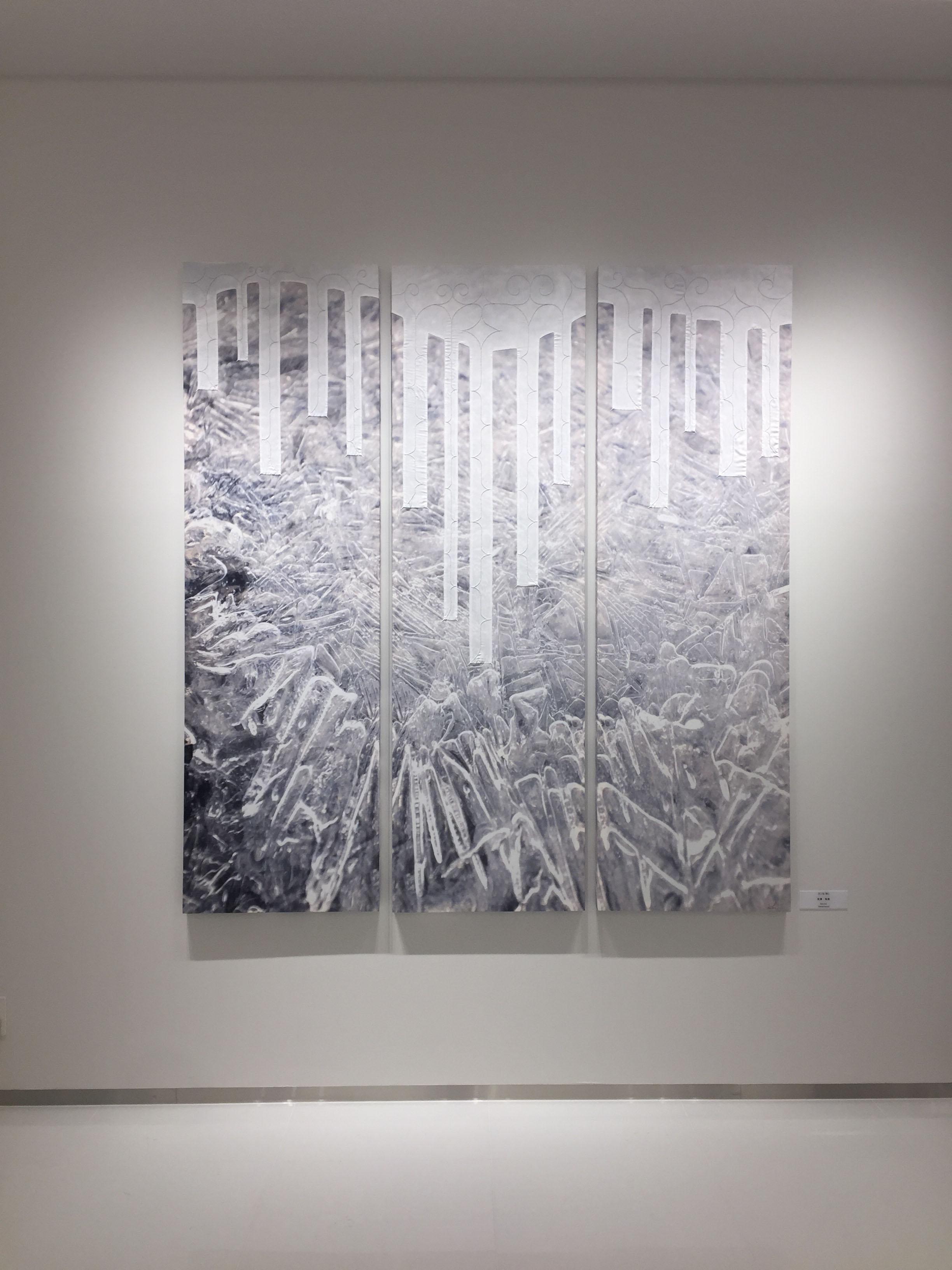 新千歳空港国際線ラウンジに飾られた作品『Konru(氷)』