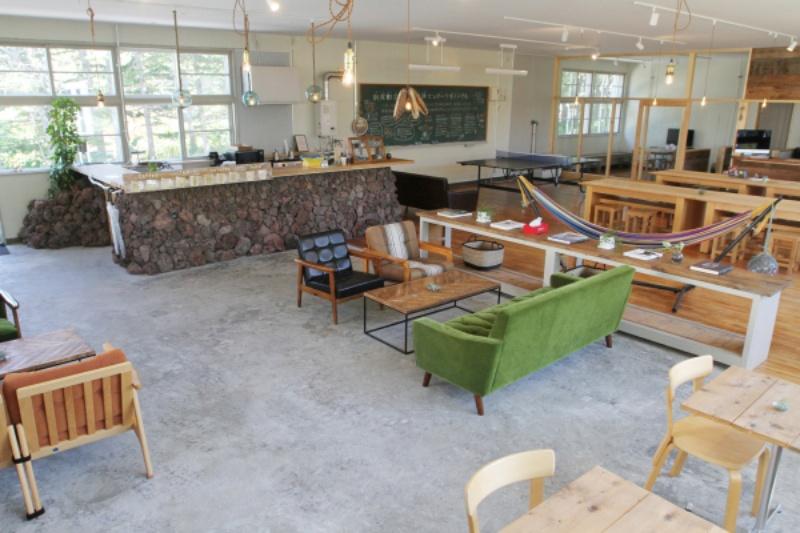 2020年7月に旧沓形中学校内に開設した利尻町定住移住支援センター『ツギノバ』