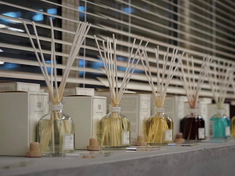 デ コンフィアンス 香水の画像