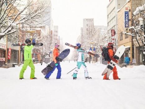 スキーヤー・スノーボーダー イメージ