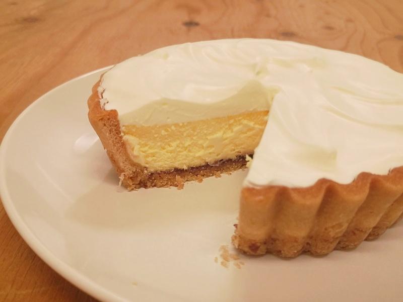 ふらの雪どけチーズケーキ断面