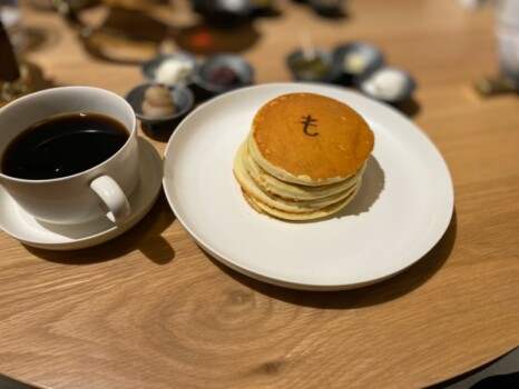 コーヒーとパンケーキ