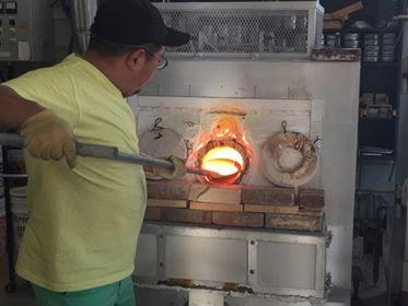 ガラス溶解炉