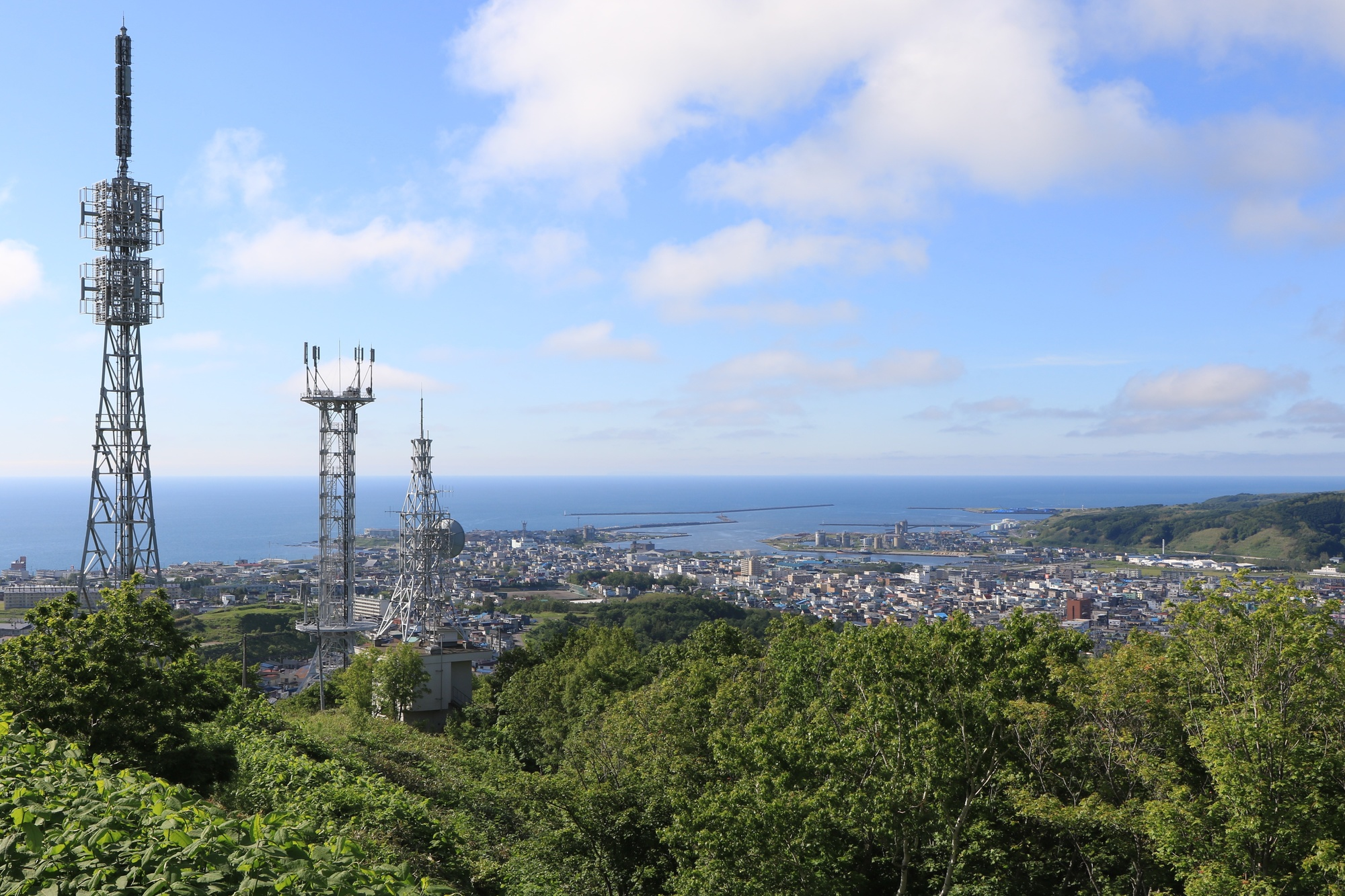 留萌の千望台から留萌市の街並みを見下ろして。