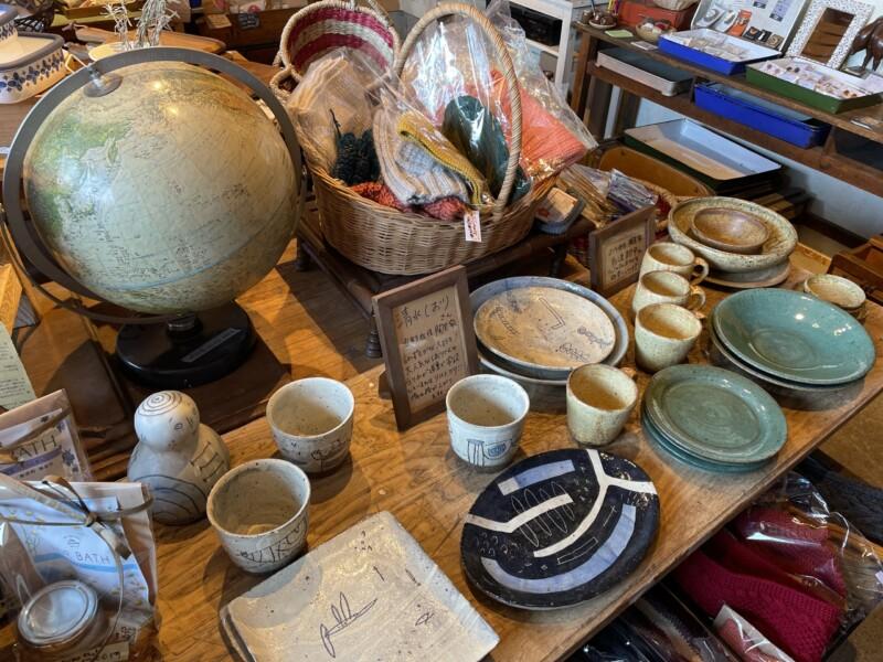 古物と雑貨