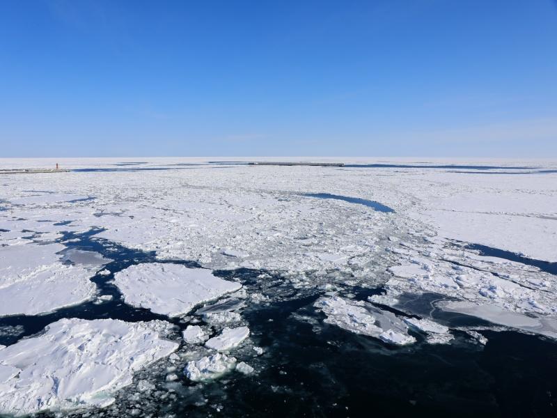 冬のオホーツク、流氷