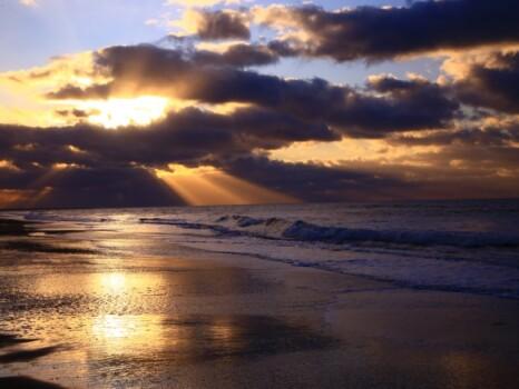 浜辺と閃光