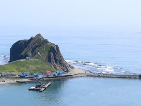 様似町のエンルム岬。