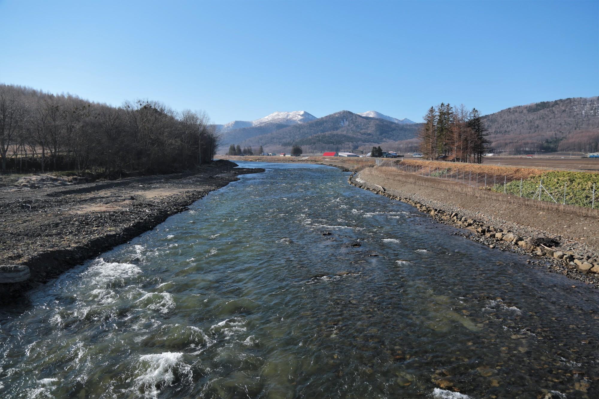北海道の風景「空知川(南富良野町)」