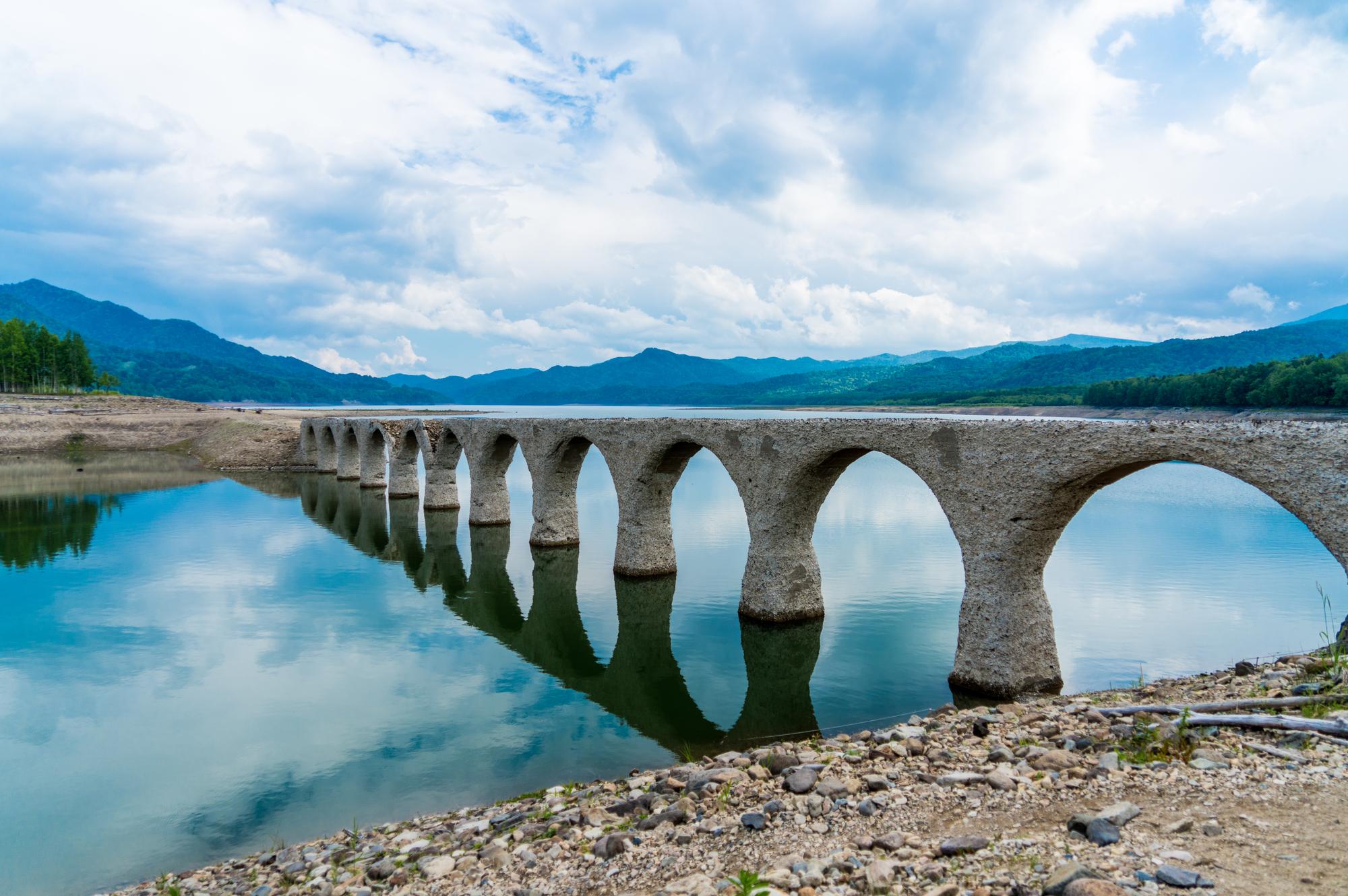タウシュベツ川橋梁 (北海道ぬかびら源泉郷)