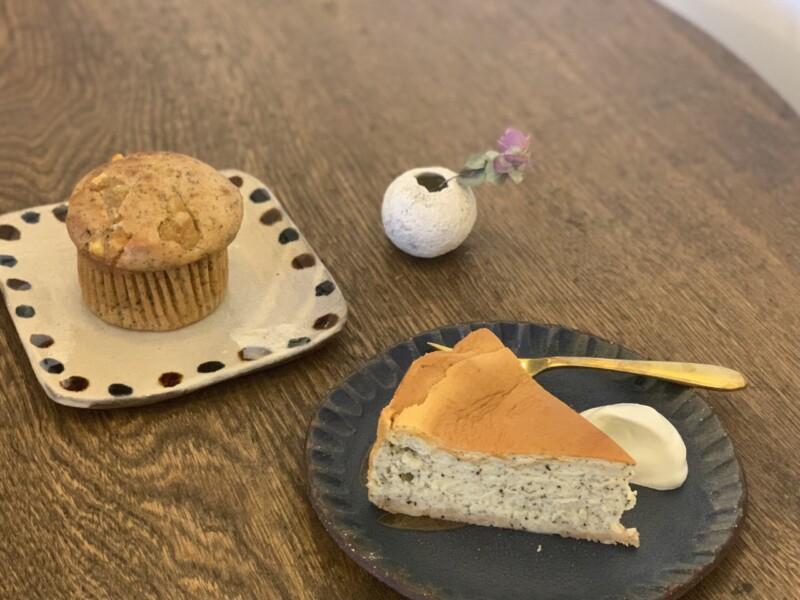 マフィンとチーズケーキ