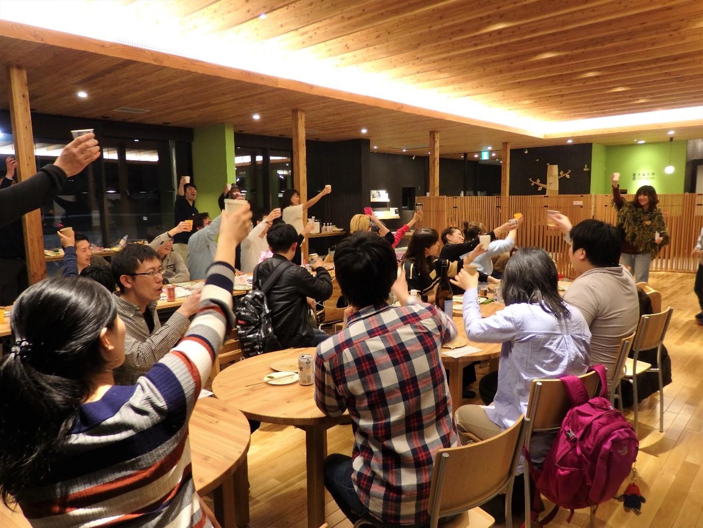町民交流会『タノシモカフェ』の様子