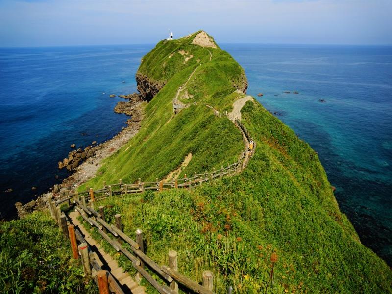 神威岬への遊歩道
