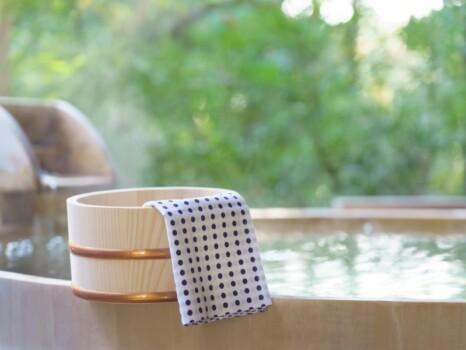 露天風呂 旅館 温泉イメージ