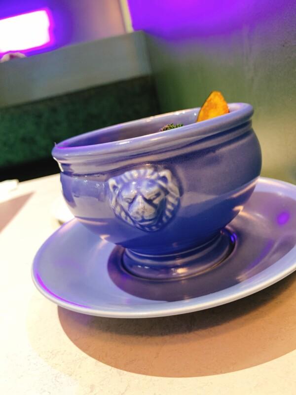 薄野喫茶パープルダリア ライオン器