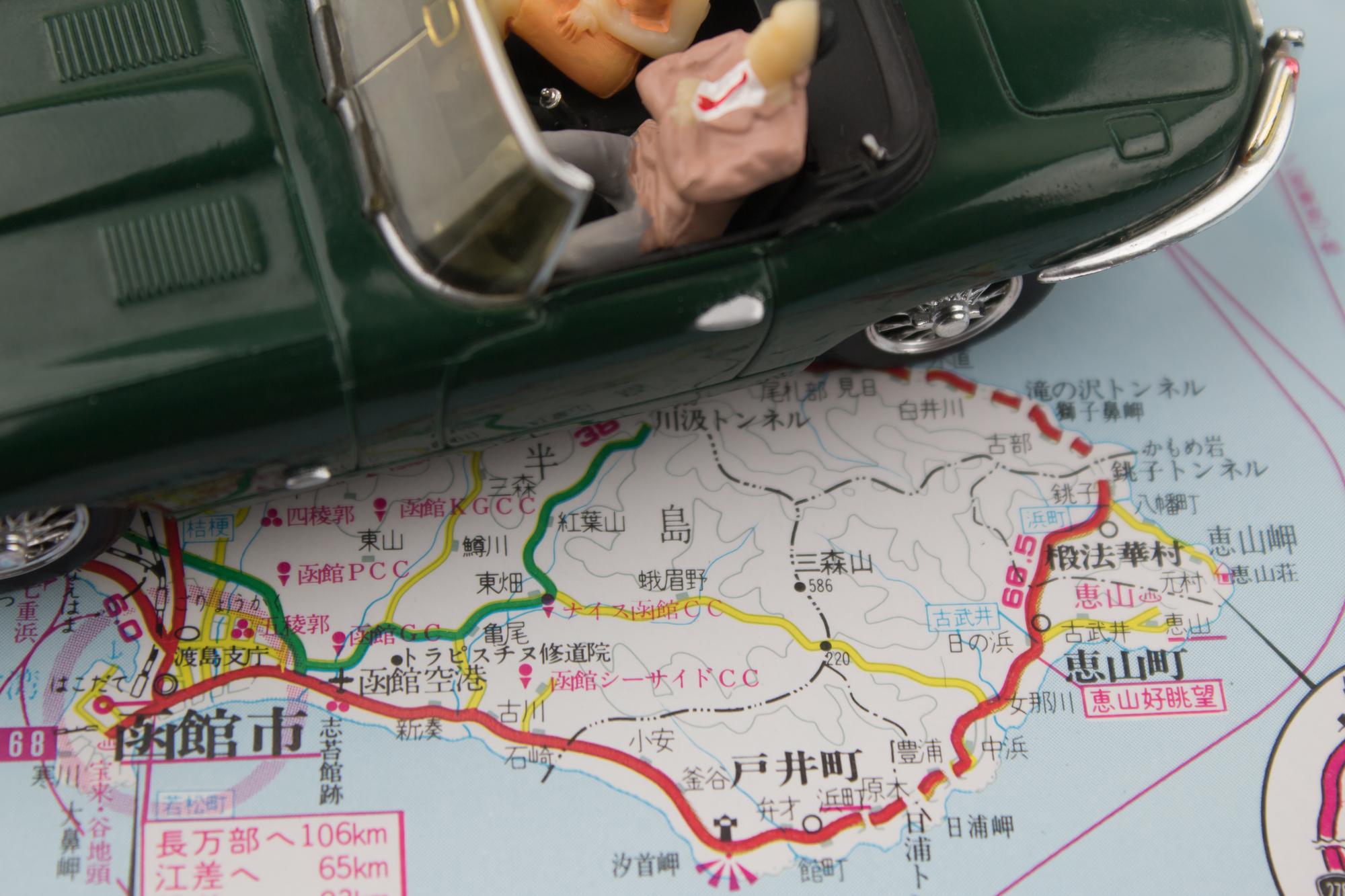 ドライブ 旅行 地図 イメージ
