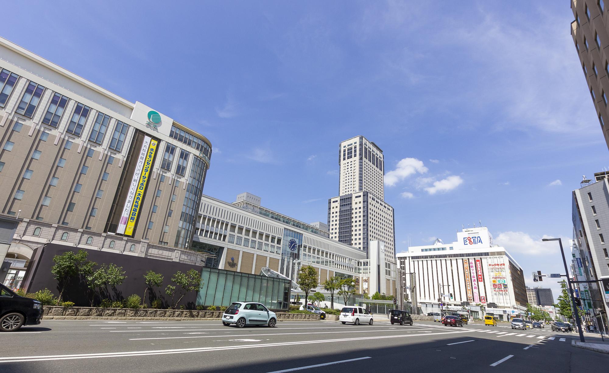 札幌駅、北5条手稲通り